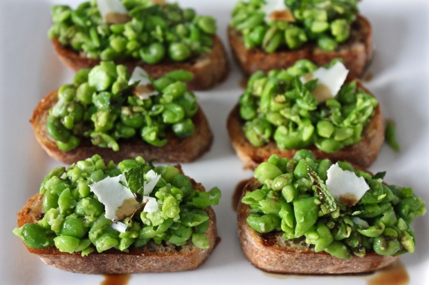 Sweet Pea Crostini