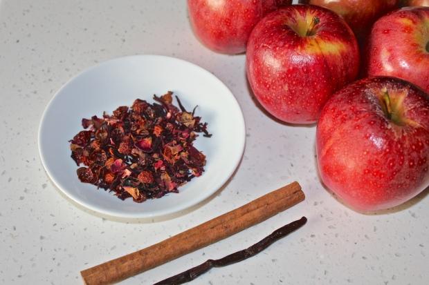 Vanilla Rosehip Hibiscus Apple Cider