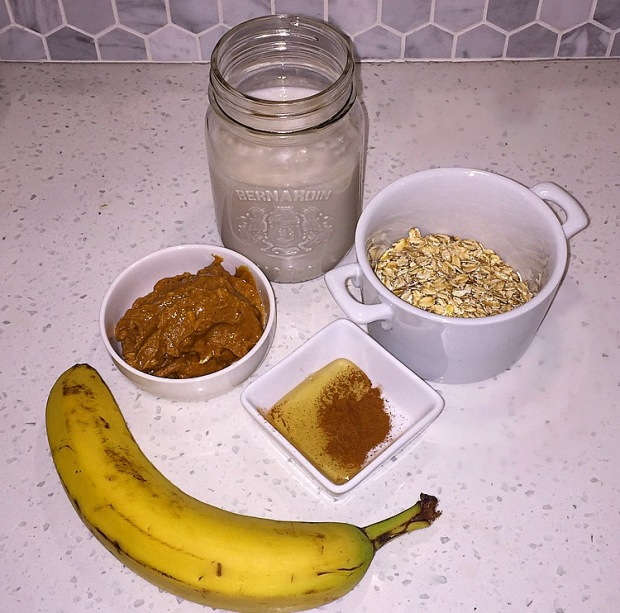 Peanut Butter Banana Oat Smoothie
