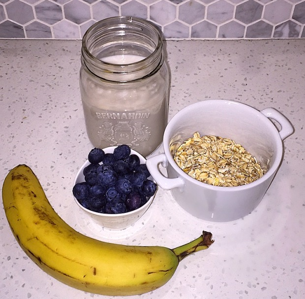 Blueberry Banana Oat Smoothie
